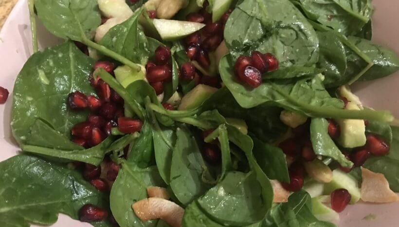 Pimasz saláta- avagy nevesd ki a trendi de butácska endometriózis diétákat