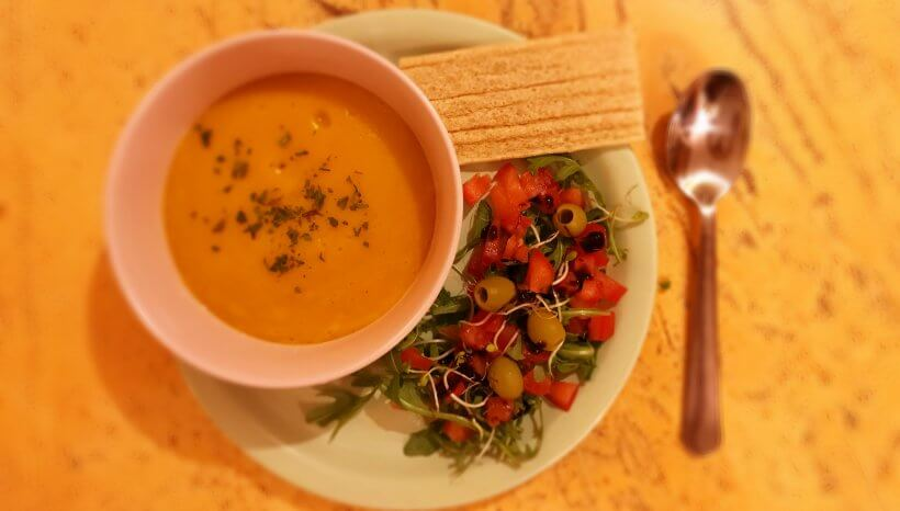 Endometriózis diéta recept: vegán sütőtök krémleves