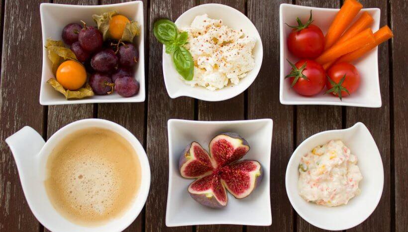 Endometriózis diéta recept: céklás-diós hummusz