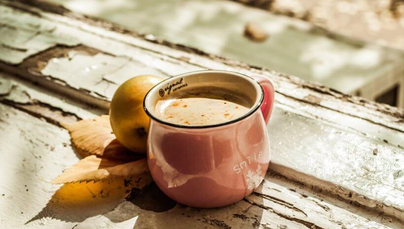Gyömbértea-latte – igazi téli immunerősítő endometriózis diéta esetén is