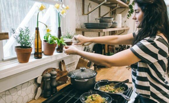Fűszerek endometriózis diétában- milyen előnyös hatásaik lehetnek?